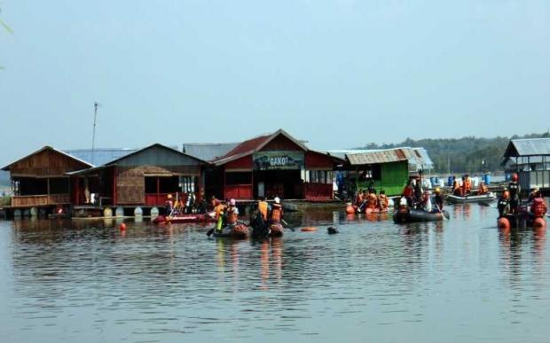 лодки на воде
