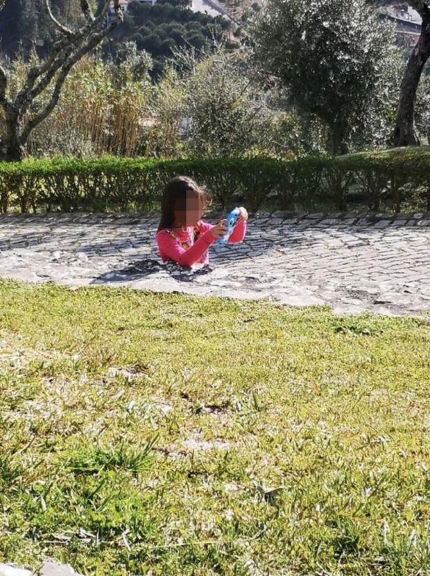 девочка в бетоне