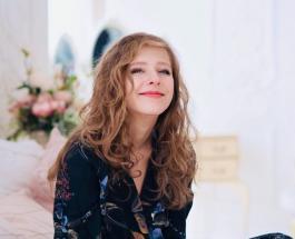 """""""Мой первый друг"""": Лиза Арзамасова показала атмосферное фото с мамой в сети"""