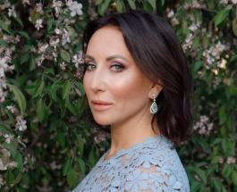Мама Алики Смеховой – очаровательная женщина: актриса восхитила сеть семейным фото