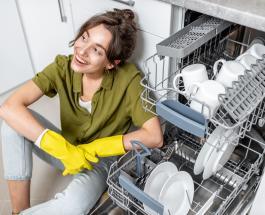 Советы хозяйкам: как правильно ухаживать за посудомоечной машиной