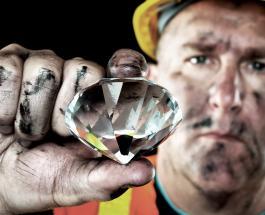 Один из крупнейших алмазов в мире обнаружен в Ботсване: фото драгоценного камня