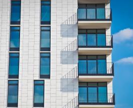 В Китае за 28 часов построили с нуля 10-этажный дом: видео