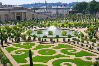Отдых по-королевски: на территории Версальского дворца открылся роскошный отель