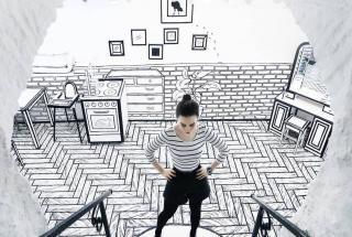 Оригинальный дизайн кафе заставляет клиентов чувствовать себя как в книге-раскраске