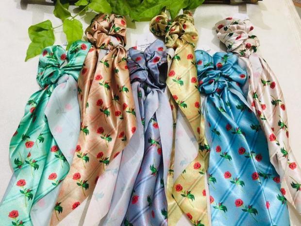 разноцветные шелковые шарфы - аксессуары для волос