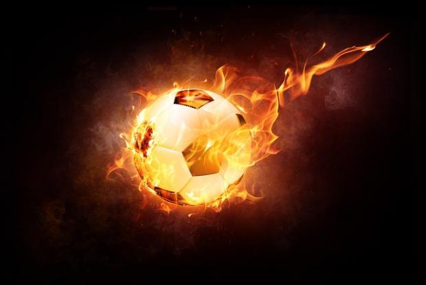 мяч футбольный горящий