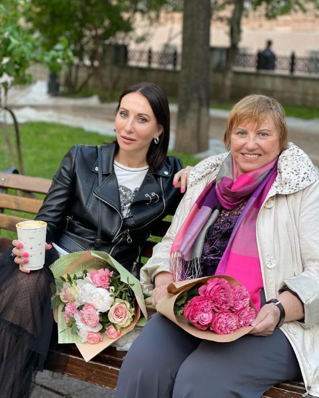 Алика Смехова с мамой