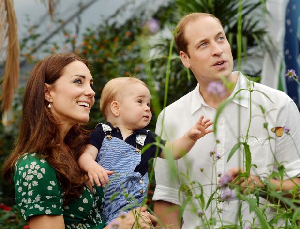 Кейт Миддлтон и принц Уильям с младшим сыном