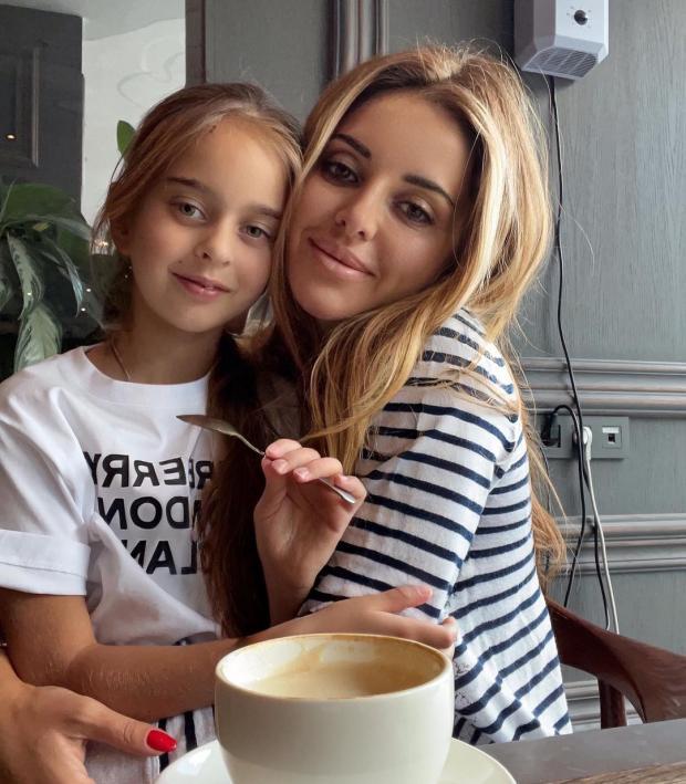 Анжелика и Амели Ревва