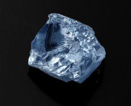 Редкий голубой бриллиант продан более чем за 40 миллионов долларов