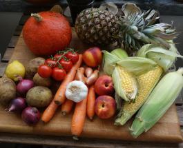 Как надолго сохранить свежими овощи и фрукты: полезные советы
