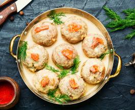 Что приготовить на ужин: аппетитные котлеты из семги, запеченные в духовке