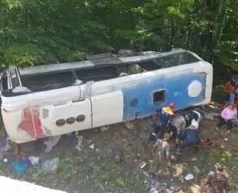 Отказали тормоза: в Краснодарском крае попал в ДТП автобус с пассажирами