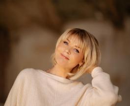 Юлия Меньшова принимает поздравления с 52-летием: красивые фото именинницы