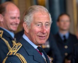 Конфуз Бориса Джонсона с зонтом на официальном мероприятии рассмешил принца Чарльза