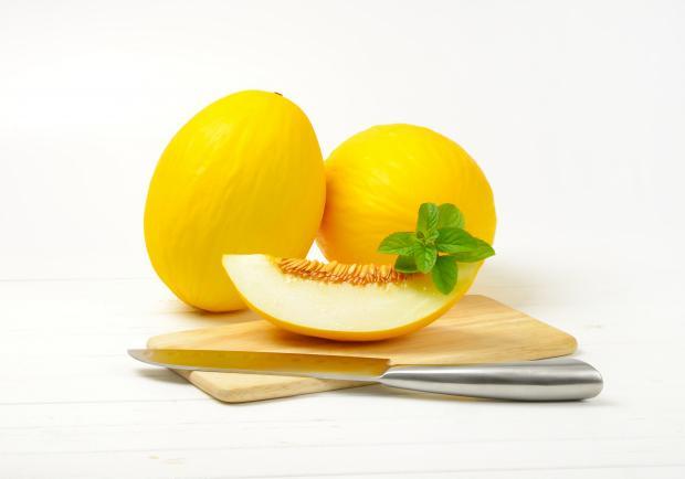 спелые желтые дыни