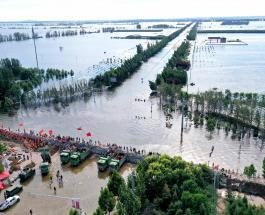 Число жертв наводнения в провинции Хэнань превысило 300 человек