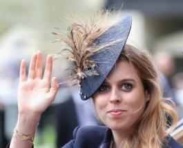 Беременная принцесса Беатрис попала в объективы папарацци во время прогулки с мужем