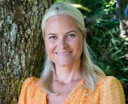 Кронпринцессе Метте-Марит 48 лет: королевский двор поздравил жену будущего короля Норвегии