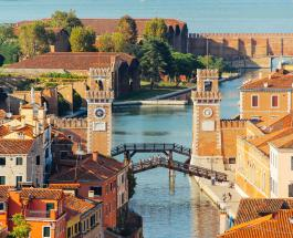 Въезд в Венецию станет платным: новые правила для туристов вступят в силу в 2022 году