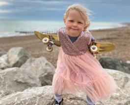 4-летний скейтбордист: юная британка покорила соцсети спортивными навыками