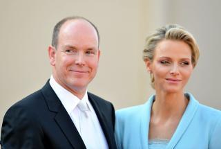 Семейные фото князя и княгини Монако: Шарлин опубликовала редкие кадры в сети