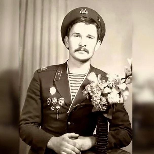 Федор Добронравов в молодости