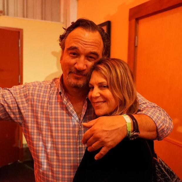 Джим Белуши с женой