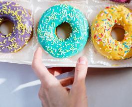 Все время хочется сладкого: чего не хватает организму