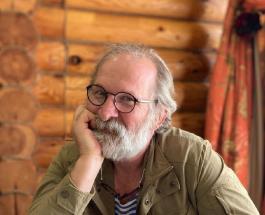"""Федор Добронравов отмечает 60-летие: новые фото звезды сериала """"Сваты"""""""
