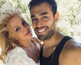 Бритни Спирс сообщила о помолвке с Сэмом Асгари и показала роскошное обручальное кольцо