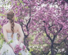 Необычные свадьбы: более 70 женщин вышли замуж за деревья, чтобы спасти лес