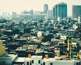 Жители Джакарты выиграли суд у властей: воздух в столице Индонезии должен стать чище