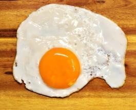 Советы для приготовления идеальной яичницы с желтком разной консистенции