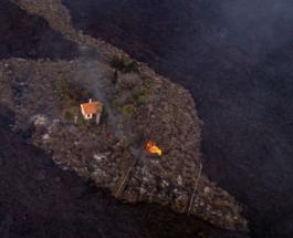"""""""Дом чудес"""": на острове Ла Пальма от извержения вулкана не пострадало всего одно строение"""