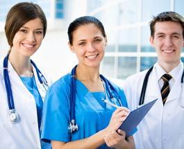 Международный день врача 2021: открытки и поздравления с праздником 4 октября