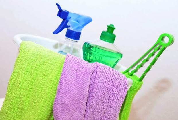 полотенца, моющие средства