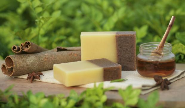 мед, корица и мыло