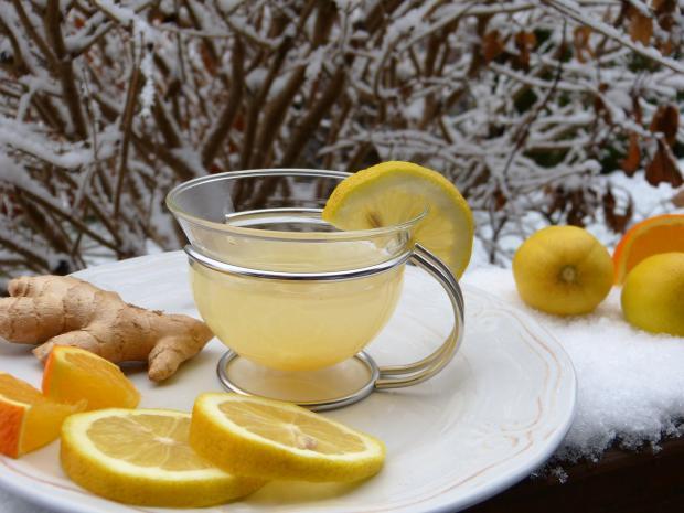 чашка с чаем, лимон, апельсин, имбирь