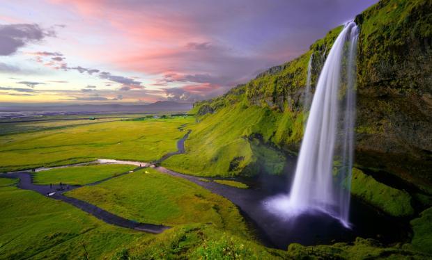 красивй водопад