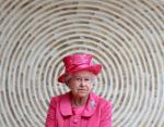 Здоровье Елизаветы II беспокоит британцев: королева отменила очередную поездку