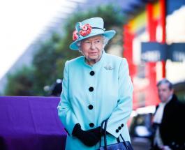 Елизавета II использовала трость во время нового выхода в компании единственной дочери