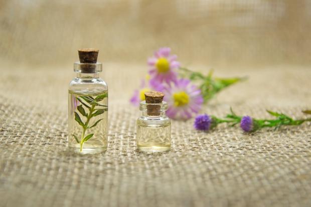 бутылочки с эфирными маслами
